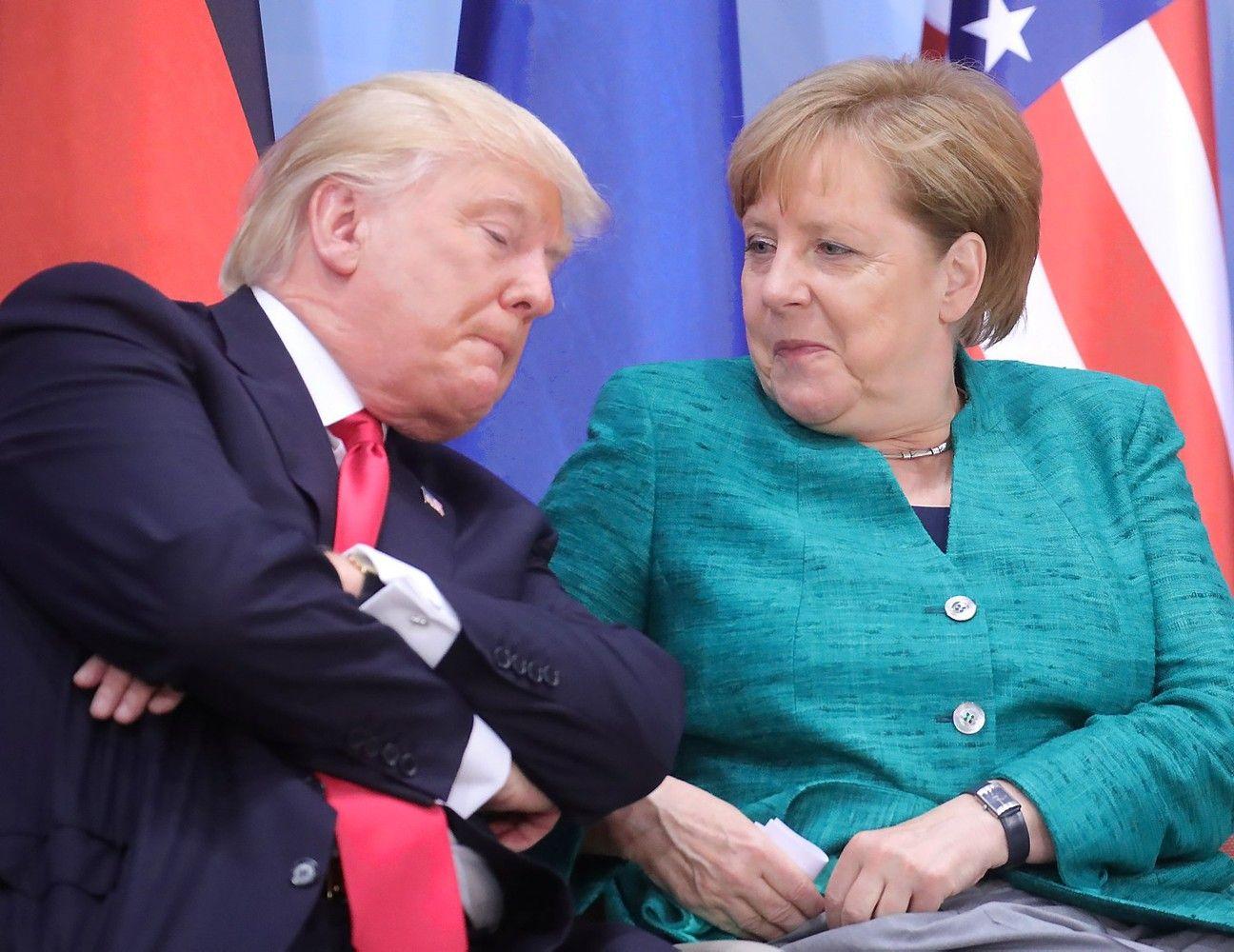 Trumpas pažadėjo greitą irplačios apimtiesprekybos sutartį su JK