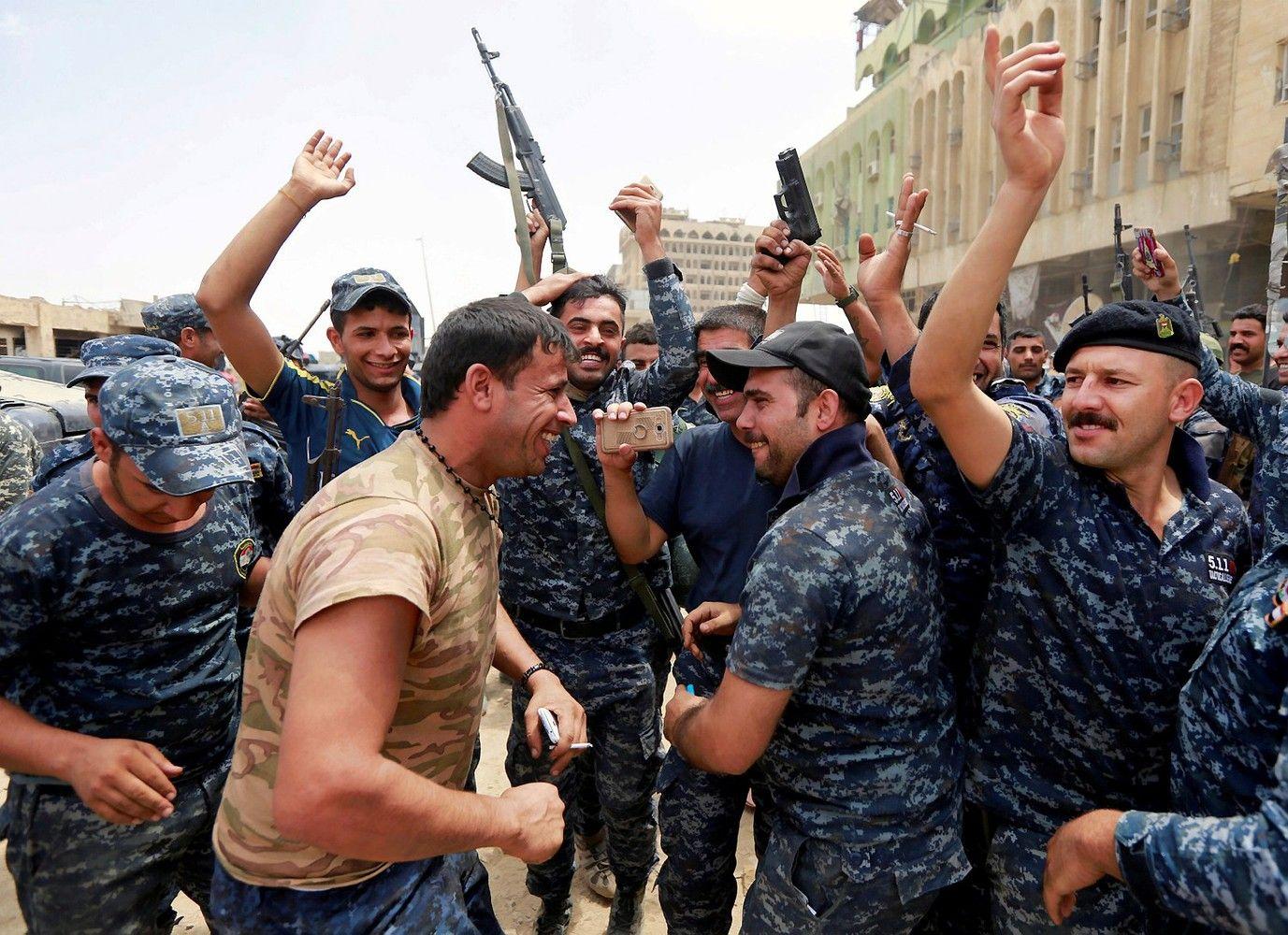 Irako pajėgos baigia atkovoti Mosulo miestą