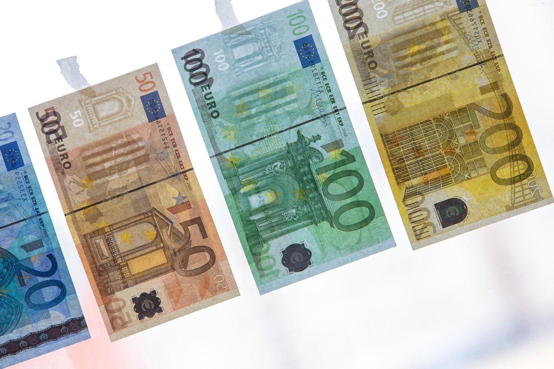 Estija –16-a ES pagal einamosios sąskaitos perviršį, Lietuvoje – deficitas