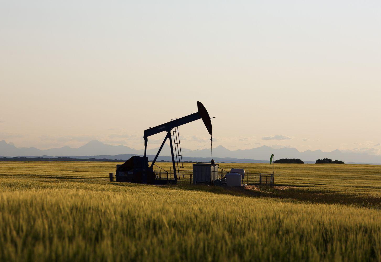Naftos rinkoje slogios nuotaikos nesiliauja