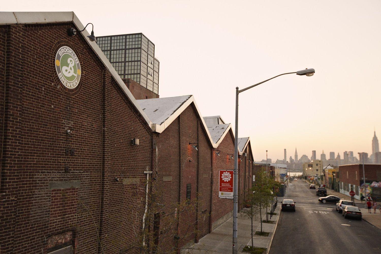 """Į """"Švyturio"""" daryklą investuoja """"Brooklyn Brewery"""""""