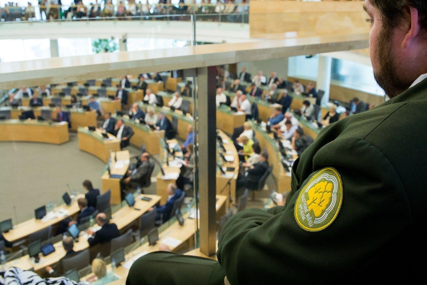 Seime priimta urėdijų reforma