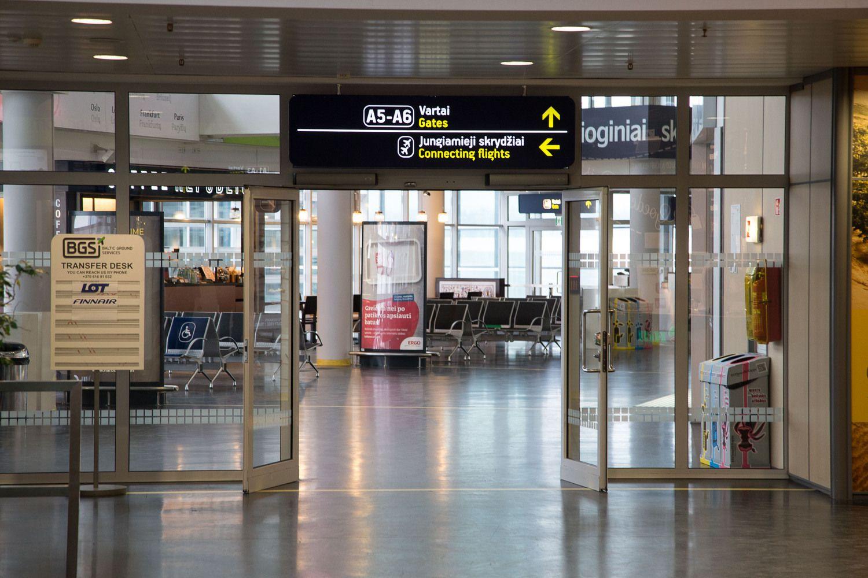 Oro uosto perkraustymas: už kiekvieną vėlavimą grėstų 500 Eur bauda