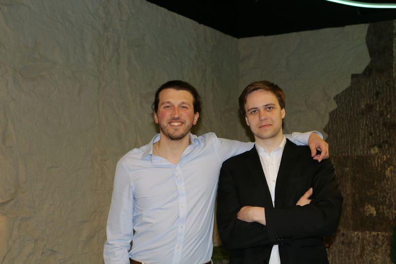 """Alesis Novikas, """"AimBrain"""" technologijų vadovas, ir Andrius Šutas, vykdomasis direktorius (dešinėje). Bendrovės nuotr."""