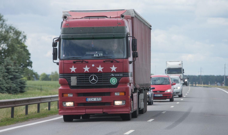 Vežantiems akcizines prekes– sunkumai prie Lenkijos sienos