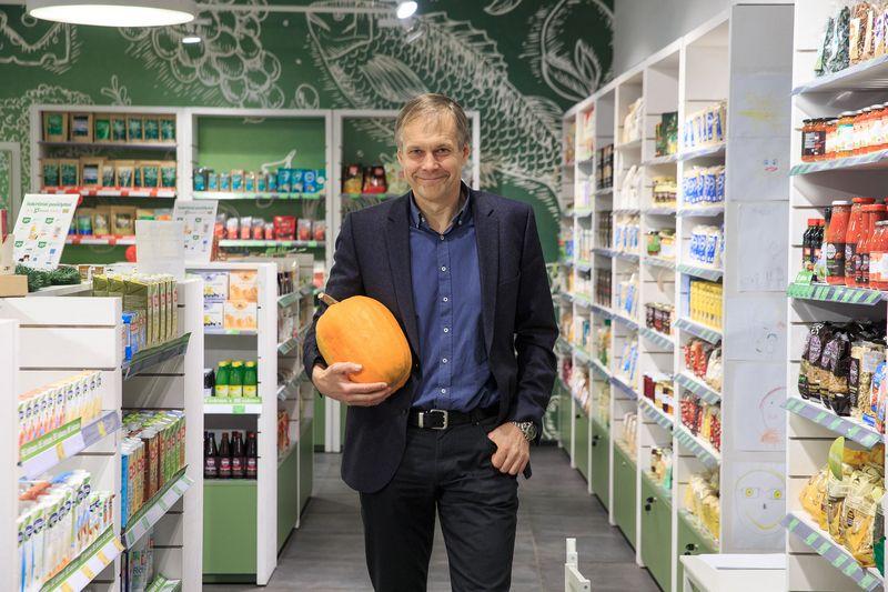 """Andrius Samaitis, UAB """"Biosala"""" įkūrėjas: """"Ūkininkai patys kreipiasi, siūlo, ką galėtų mums tiekti, ir tai leidžia paįvairinti asortimentą."""" Vladimiro Ivanovo (VŽ) nuotr."""