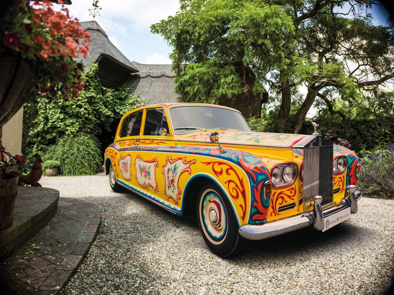 """Rolls-Royce"" į Europą susigrąžins Johno Lennono ""Phantom V"""