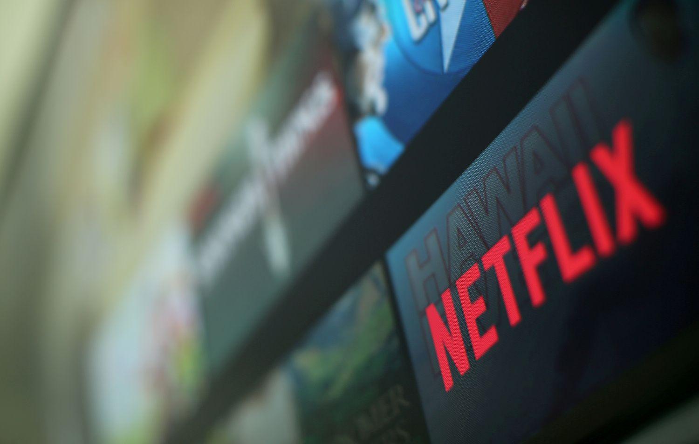 """""""Netflix"""" augimas sužavėjo investuotojus ir pašokdino akcijas"""
