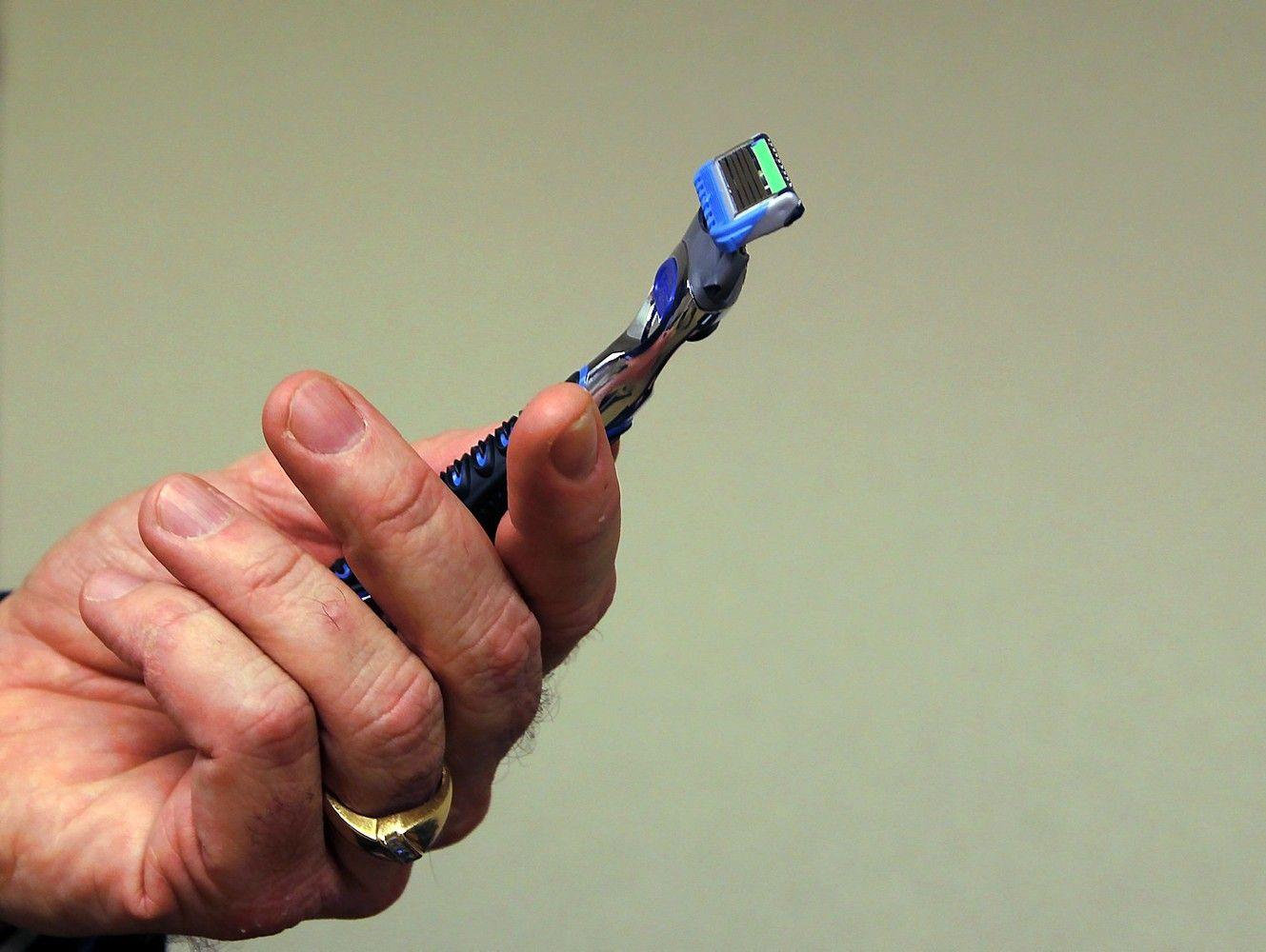 "Ilgametė ""Gillette"" akcija baigėsi nesėkme: peiliukus išsiuntė ne ten"