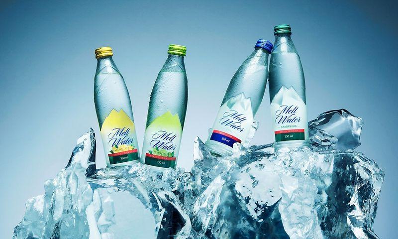 """Skirtingiems vartotojų skoniams sukurtos įvairios vandens """"Melt Water"""" rūšys."""