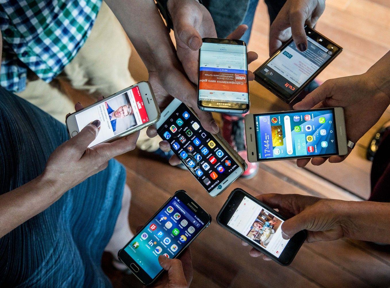 """Bendra """"Bitės"""", """"Telios"""" ir """"Tele2"""" įmonė siūlys mobiliuosius mokėjimus"""