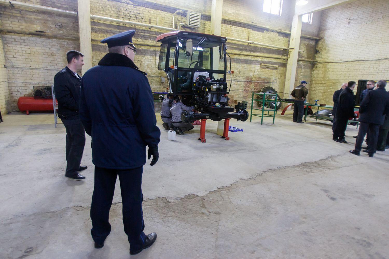 Japonų korporacija įdarbins 400 nuteistų ukrainiečių
