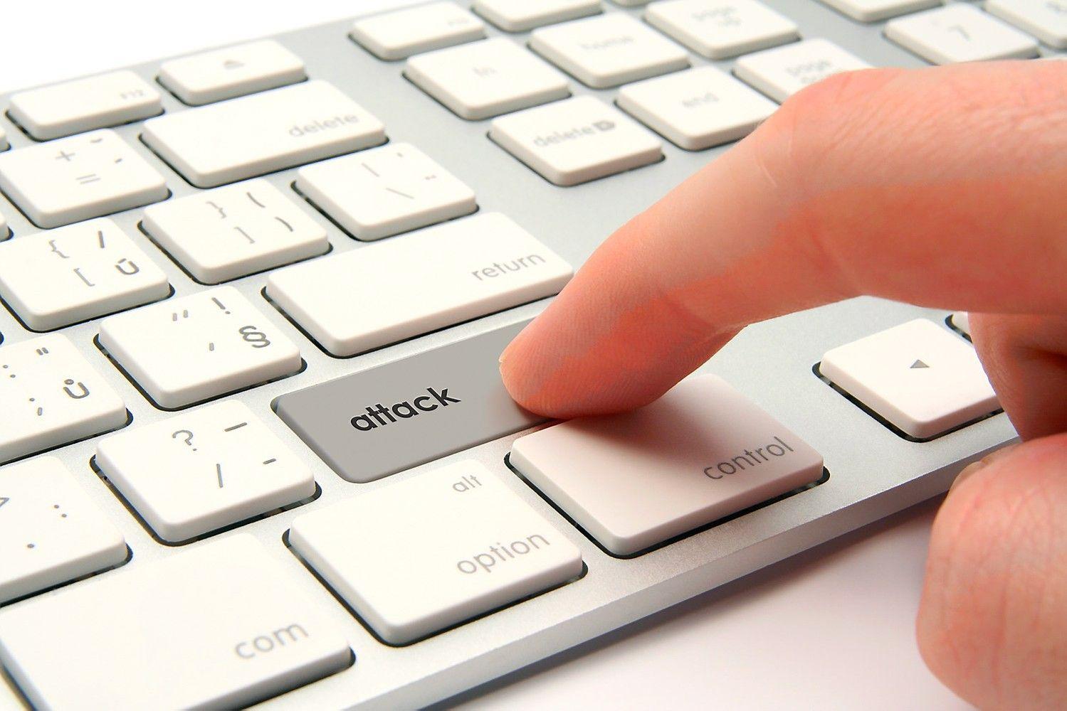 Didelės kibernetinės atakos žala prilygtų uraganui