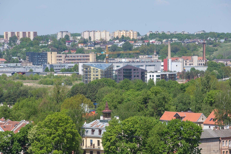 Kaunas ruošiasi pirkti 173 butus