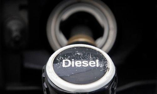 """""""Spiegel"""": Vokietijos automobilių gamintojų kartelinis susitarimas privedė prie """"Dyzelgeito"""""""