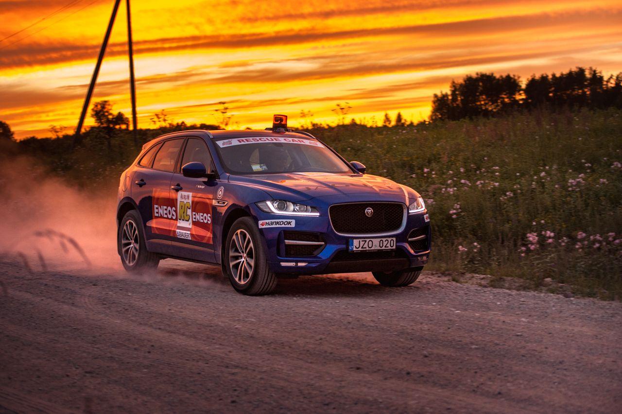 "Užfiksavo rekordą: per naktįsu ""Jaguar"" – į tolimiausius Lietuvos kampelius"