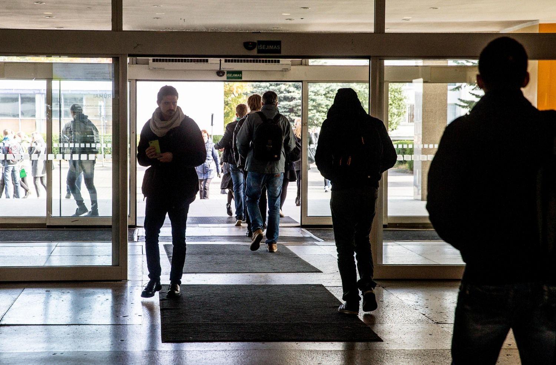 Kurie universitetai šiemet nukraujavo labiausiai