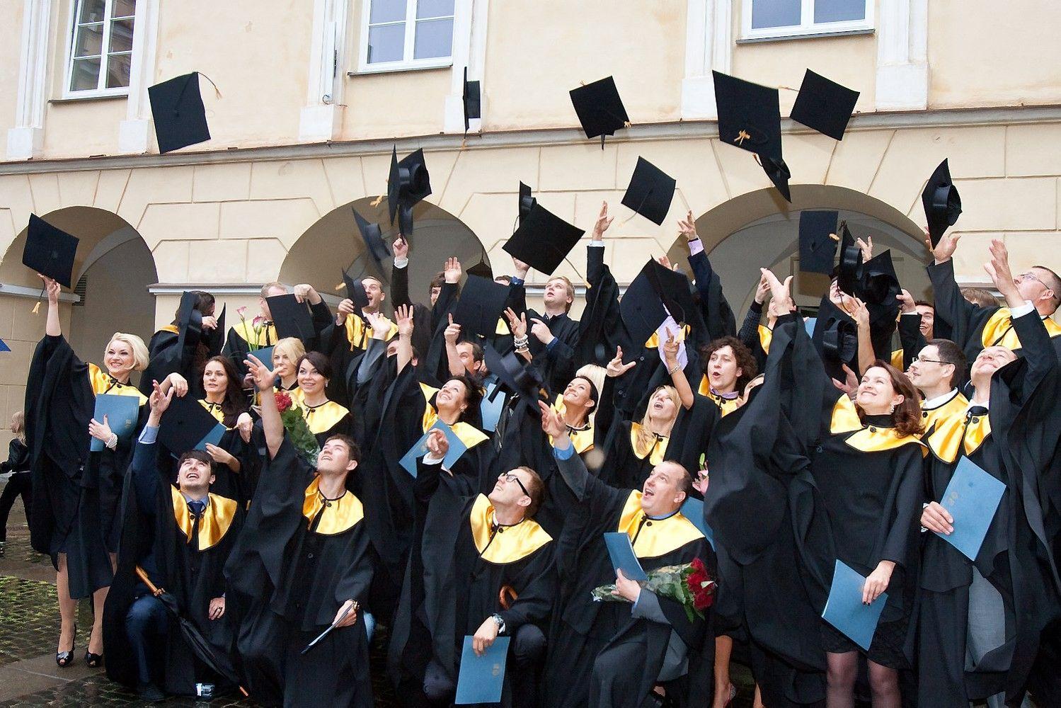 Į Lietuvos aukštąsias mokyklas įstojo 8,5% mažiau studentų
