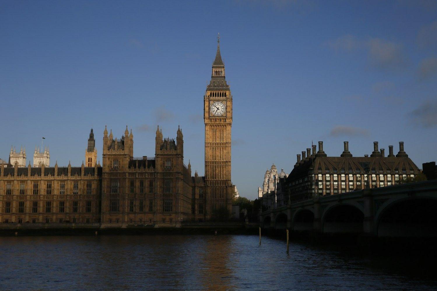 JK ir JAV ruošiasi prekybos deryboms