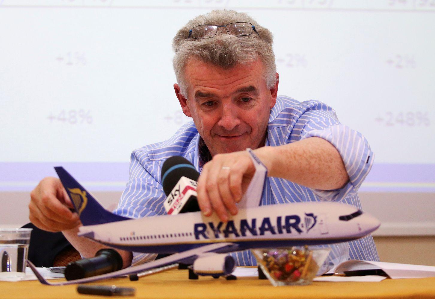 """""""Ryanair"""" ketvirčio pelną išaugino 55%"""