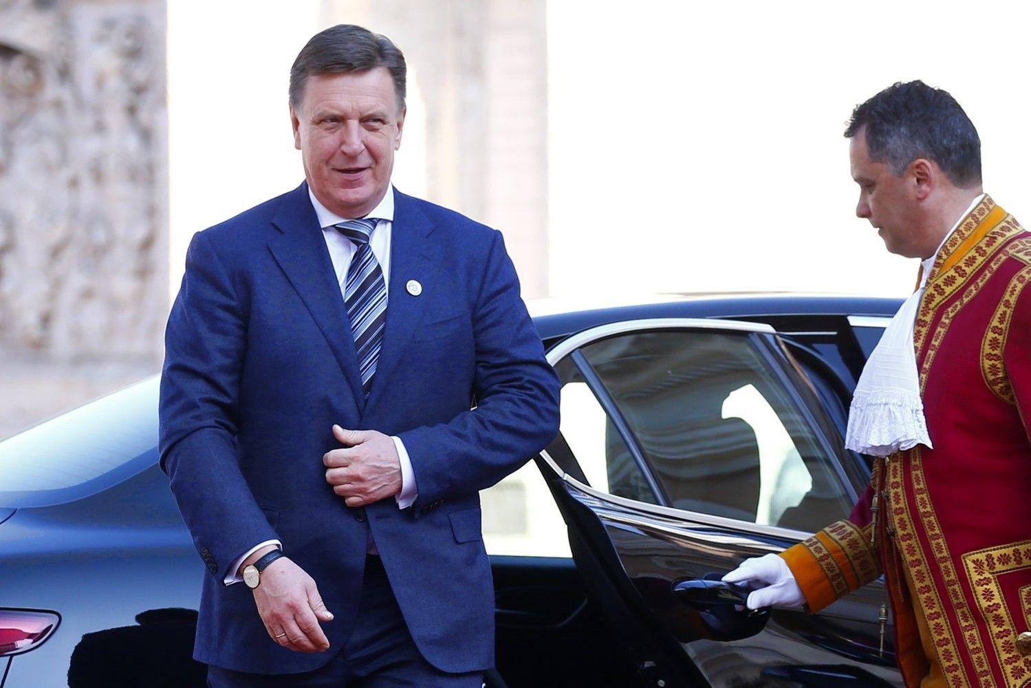 """Latvijos """"oligarchų byla"""" griauna pasitikėjimą šalies politika ir teisėsauga"""