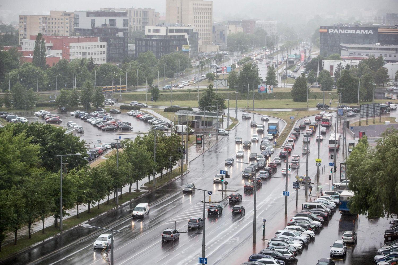 Prognozuoja: metų gale automobilių rinka pranoks ikikrizinius rezultatus