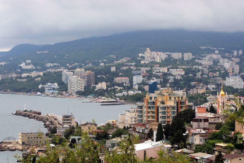 """Rusijos antikorupcinio """"Savivaldos skenerio"""" projekto tyrėjai peržiūrėjo šiuo metu Kryme (jau Rusijos valstybinio juridinių asmenų registro) registruotas įmones ir rado daugiau kaip 200, kurios įsteigtos dalyvaujant Europos Sąjungos šalių piliečiams ir kompanijoms. Taraso Litvininkos (""""Ria novosti"""" / """"Scanpix"""") nuotr."""