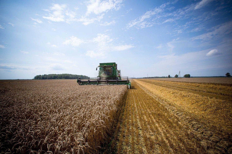 Nauja žemės ūkio technika: rinka keisis