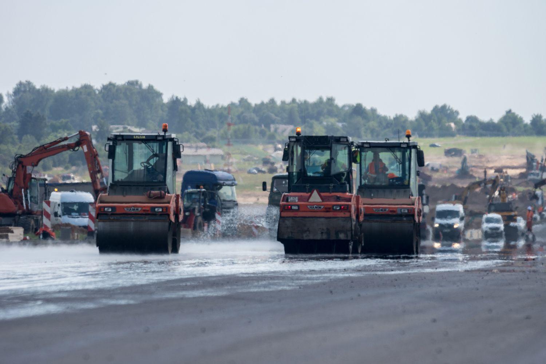 Kilimo-tūpimo tako rekonstrukcija: kas vyksta Vilniaus oro uoste