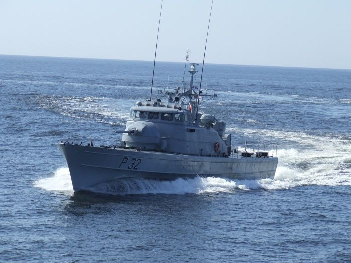 Uosto gilintuvas kliudė Karinių jūrų pajėgų laivą