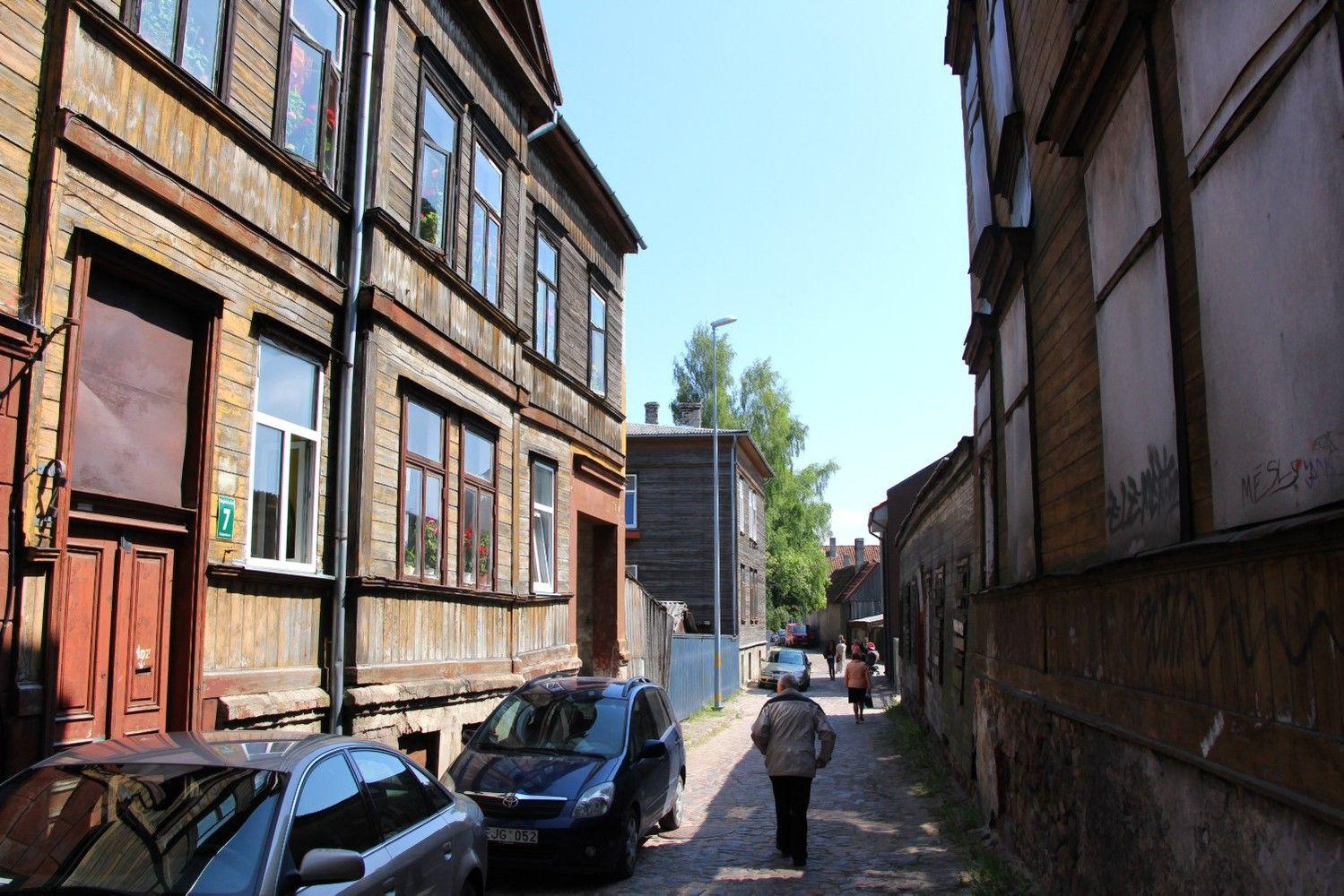 Lietuviai išnaudoja nepatrauklią latviams teritoriją: Liepoja masina pigiu būstu