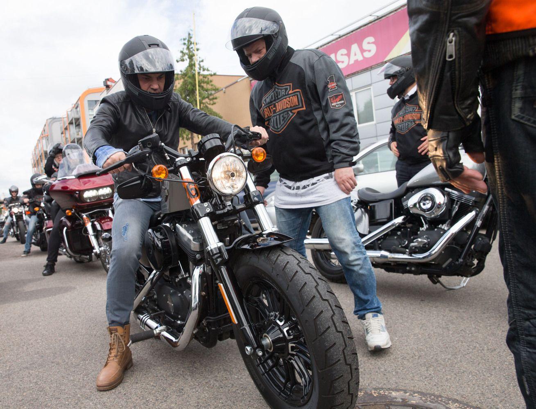 Motociklininkai Lietuvoje – 40-mečiai didmiesčių gyventojai