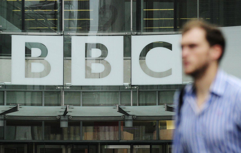 BBC teko pasiaiškinti, kodėl už tą patį darbą moka skirtingai