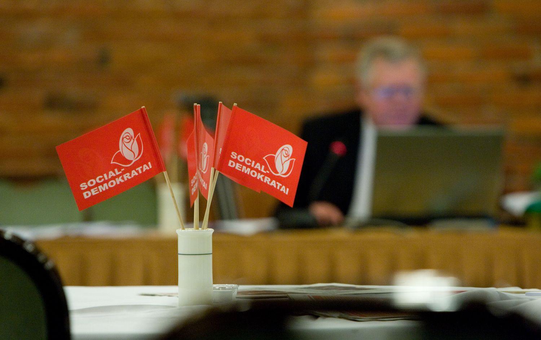 Socialdemokratų frakcija Seime dėl koalicijos lauks tarybos sprendimo