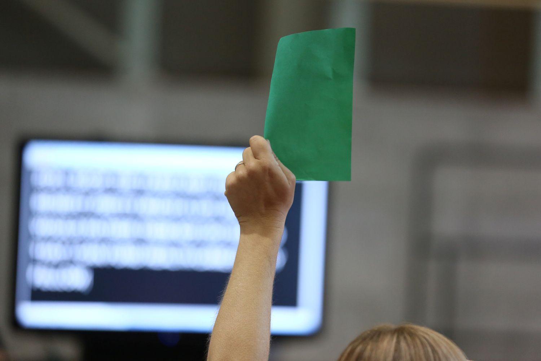 """JAV prezidentas nori panaikinti """"Žaliosios kortelės"""" loteriją"""