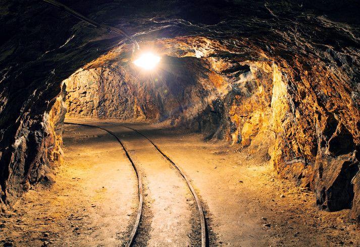 Iliustruotoji istorija: ilgiausias pasaulyje geležinkelio tunelis