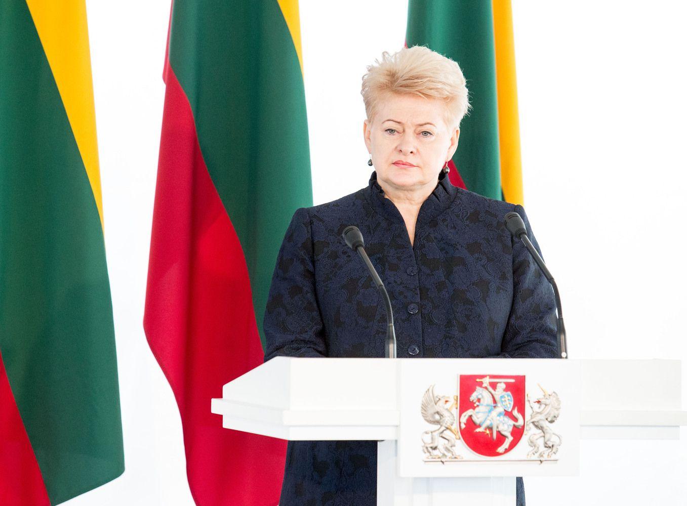 Prezidentė apie santykius su Lenkija: privaloma abipusė pagarba