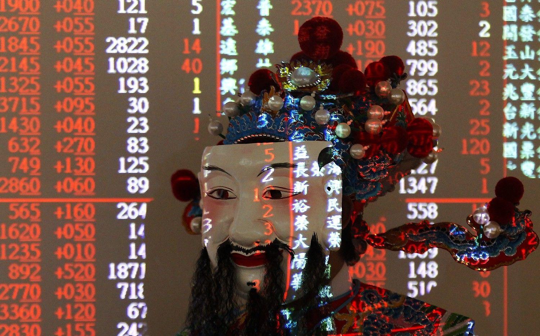 Asia Stocks Trade Near 10-Year High; Oil Declines: Markets Wrap