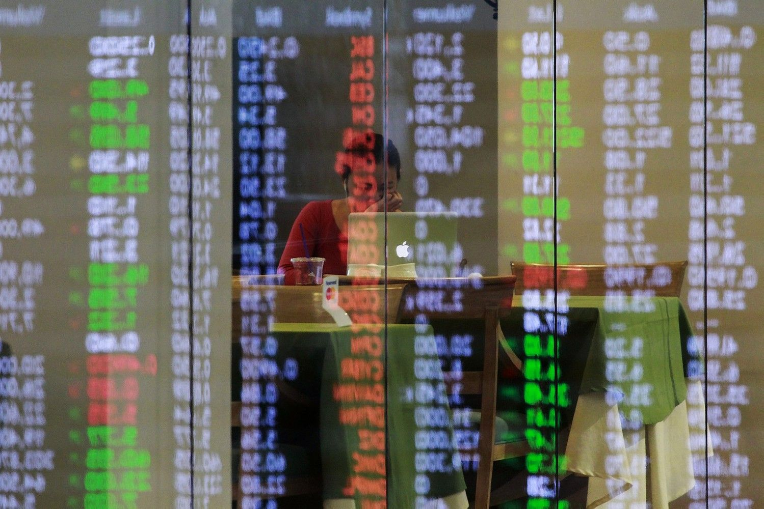 Stocks Fall on Korea Tensions as Haven Assets Rise: Markets Wrap