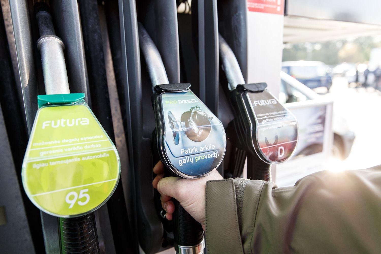 """Dėl degalų reklamos pasiskundė Konkurencijos tarybai, """"Neste"""" garbę gins"""