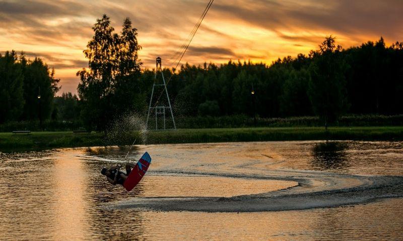 Birštono ežerėlyje atidaromas vandenlenčių parkas. Justino Dabašinsko nuotr.