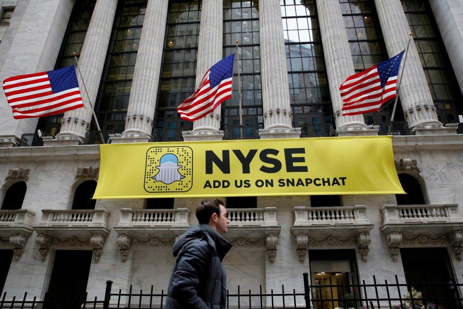 """""""Snapchat"""" – dar vienas smūgis iš Volstrito, akcijos toliau smunka"""