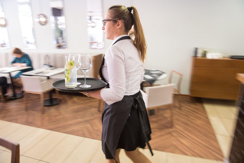 Restoranams ir kavinėms prognozuojamas dviženklis algų šuoliukas