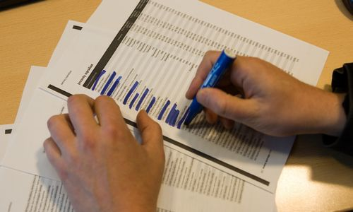 Reforma latviškai: skelbs mokančius mažus atlyginimus