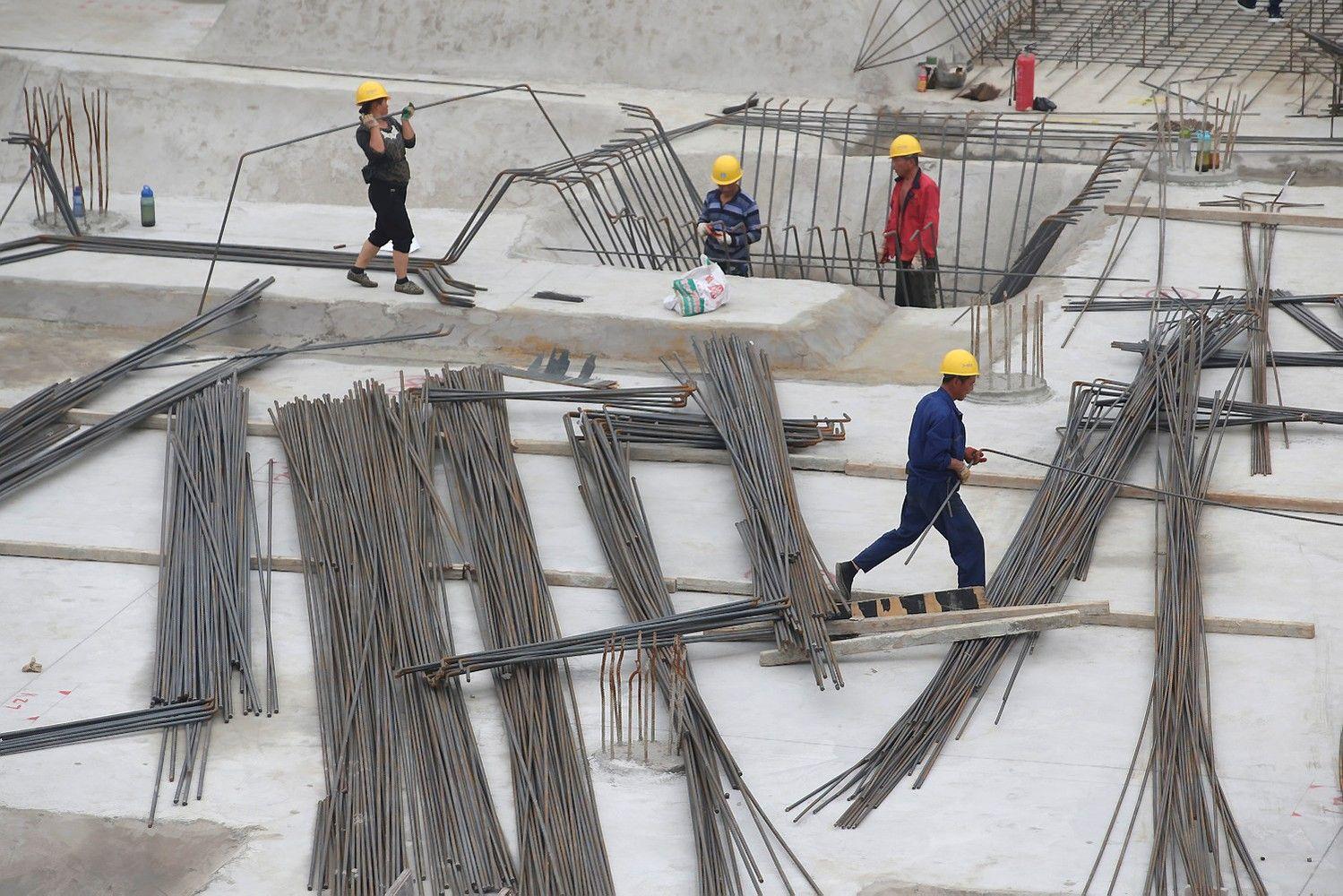 Daugėja Kinijos ekonomikos lėtėjimo požymių