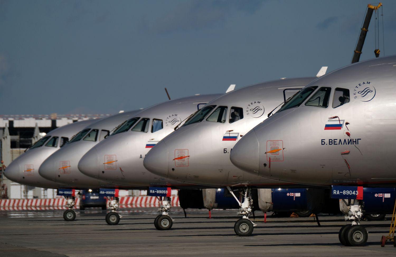 Rusija ruošiasi padidinti muitus užsienietiškiems lėktuvams