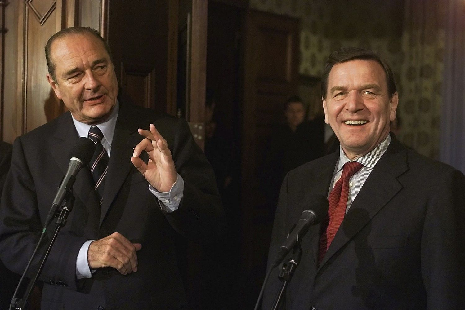 """Buvęs Vokietijos kancleris Schroderis paskirtas į """"Rosneft"""" valdybą"""