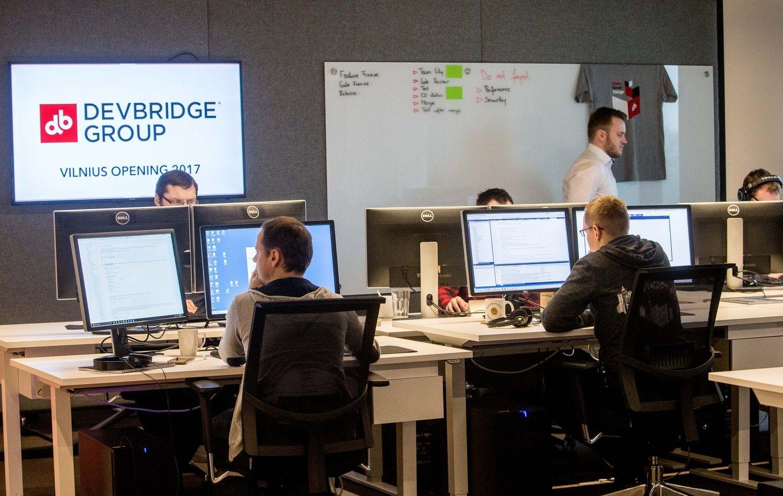 """""""Devbridge"""" iš arčiau: milijoninis kontraktas – tik gera pradžia"""