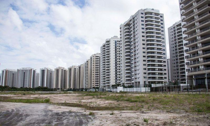 """Rio de Žaneire 2016-aisiais įvyko brangiai Brazilijos ekonomikai atsiėjusios Olimpinės žaidynės. Šiandien buvęs olimpinis kaimelis yra beveik tuščias. Li Mingo (""""Sipa"""" / """"Scanpix"""") nuotr."""
