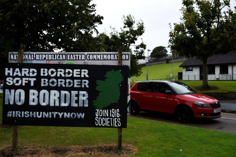 """Britai siūlo """"Brexit"""" be sienos Šiaurės Airijoje atkūrimo"""